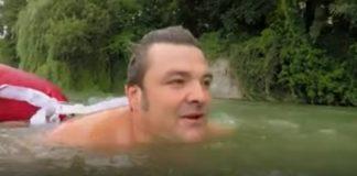 neamul care inoata spre serviciu